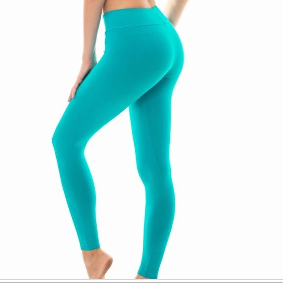 896b7573f6 GAP Pants | Turquoise Workout Leggings From | Poshmark